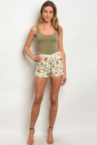 136-3-4-NA-S70738 CREAM FLORAL SHORT 3-2-1