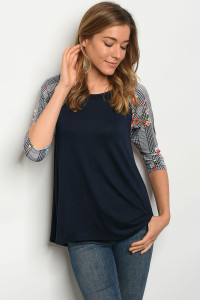 C67-B-4-T385 NAVY WHITE FLORAL TOP 2-2-2