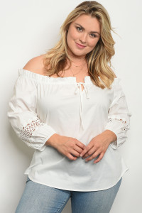 C77-B-5-T1045X OFF WHITE PLUS SIZE TOP 2-2-2