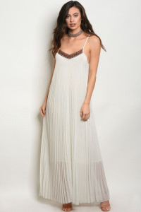 C89-A-1-D50668 OFF WHITE DRESS 2-2