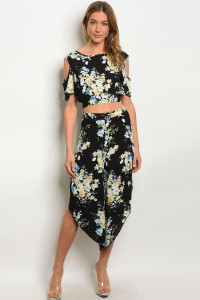 C22-A-5-SET410 BLACK FLORAL TOP & PANTS SET 2-2-2