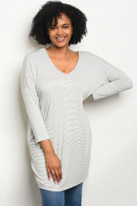 C78-A-3-T5536X IVORY WITH STRIPES PLUS SIZE TOP 2-2-2