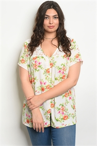S10-15-5-T16879X IVORY PEACH FLOWERS PLUS SIZE TOP 2-2-2
