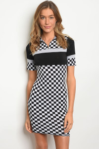 C82-A-7-D50536 BLACK WHITE CHECKERED DRESS 2-2-2