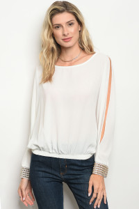 C35-B-6-T7137 OFF WHITE TOP 2-2-2