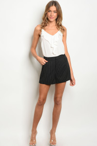 136-4-3-NA-S710844 BLACK WHITE SHORTS 1-2-2-1
