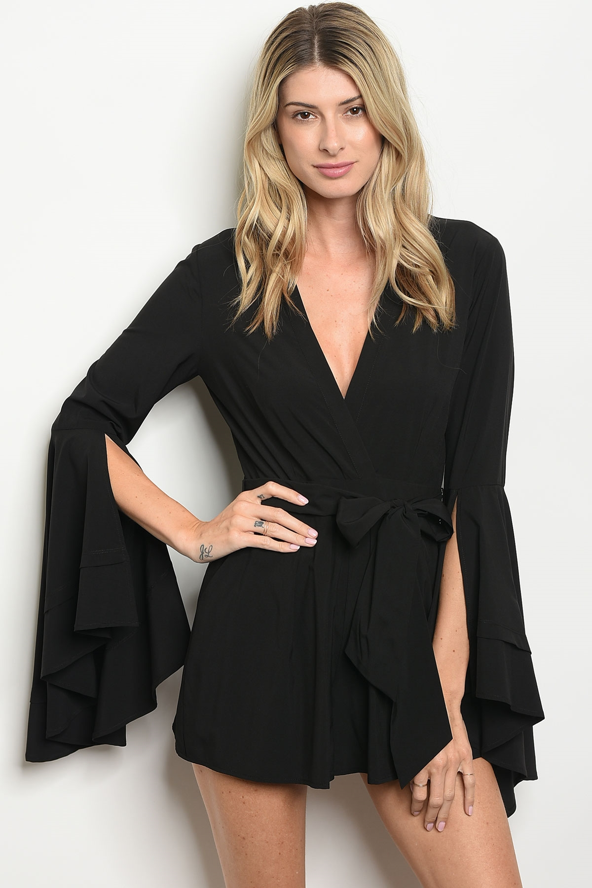 8cd964345e90 240-3-1-NA-R11408 BLACK ROMPER 2-2-2