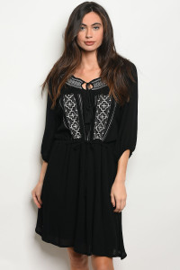 S13-12-4-D9827 BLACK WHITE DRESS 2-2-2