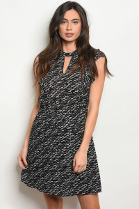 S18-8-6-D5676104 BLACK WHITE DRESS 1-2-2-1
