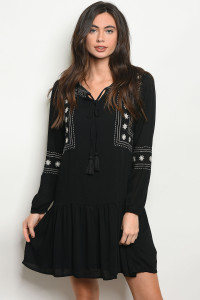 S13-11-2-D10737 BLACK WHITE DRESS 2-2-2