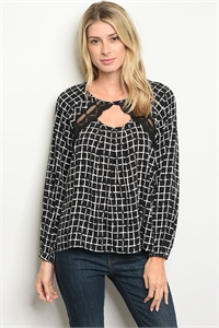 S19-4-3-T25562 BLACK CHECKERS TOP 2-2-2