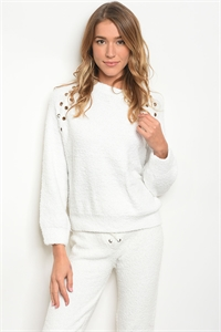 S18-1-1-S638 WHITE SWEATER 3-2-1