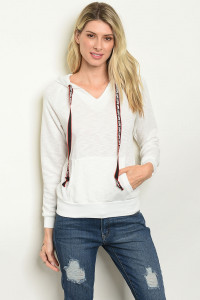 S11-11-3-T38684 WHITE SWEATER 2-2-2