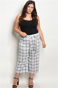 C24-A-7-P587X WHITE BLACK PLUS SIZE PANTS 2-2-2