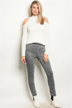 C72-A-3-P14617 GRAY CHECKERED WITH BELT GREEN PANTS 2-2-2
