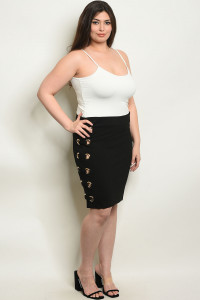 S11-17-2-S4024X BLACK PLUS SIZE SKIRT 2-2-2