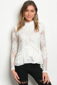 S12-6-1-T22120 WHITE LACE TOP 2-2-2