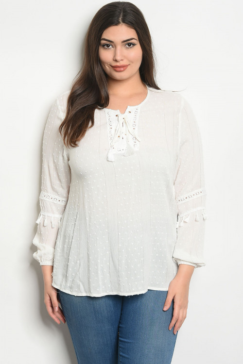 S25-3-4-T38700X WHITE PLUS SIZE TOP 2-2-2