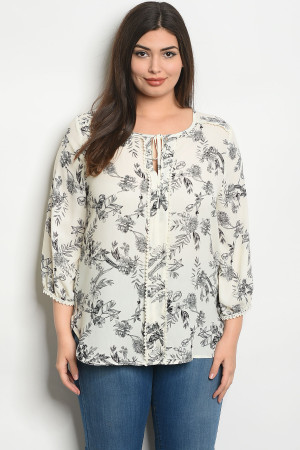 S25-1-3-T58519X IVORY FLORAL PLUS SIZE TOP 2-2-2