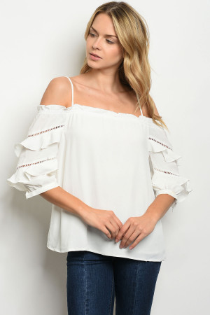 S24-2-4-T13519 OFF WHITE TOP 3-2-1