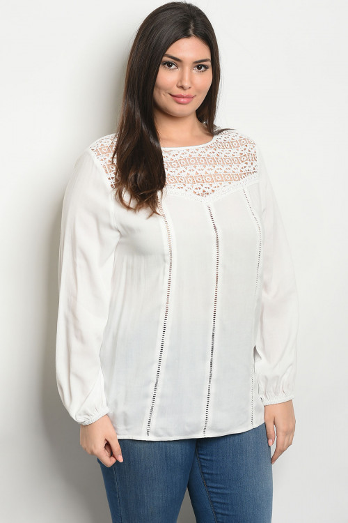 S3-8-1-T32378X OFF WHITE PLUS SIZE TOP 2-2-2