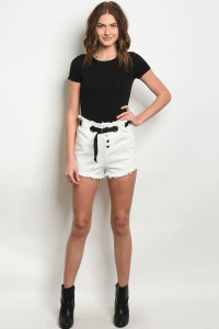S11-8-5-NA-S73990 OFF WHITE SHORT 1-2-2-1