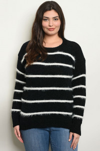 S21-8-2-S9850X BLACK WHITE PLUS SIZE SWEATER 3-2-2