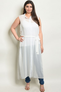 S10-19-1-T3182X WHITE PLUS SIZE TOP 3-1-2
