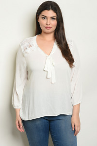 S9-11-3-T10023X OFF WHITE PLUS SIZE TOP 2-2-2
