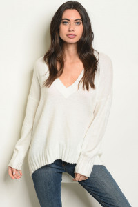 S13-8-2-S70353 WHITE SWEATER 4-2