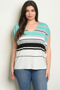 C87-B-5-T8112X OFF WHITE MINT PLUS SIZE TOP 2-2-2