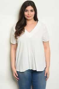 S23-10-3-T32421X OFF WHITE PLUS SIZE TOP 2-2-2