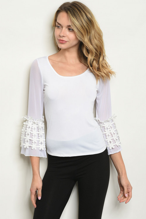 C47-B-3-T3870 OFF WHITE TOP 2-2-2