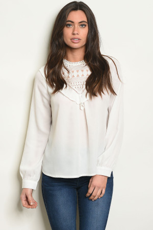 S21-9-5-T10213 OFF WHITE TOP 2-2-2