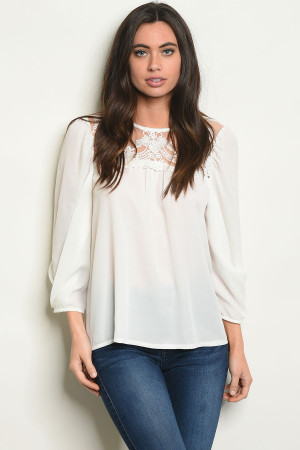 S23-5-5-T10192 OFF WHITE TOP 2-2-2
