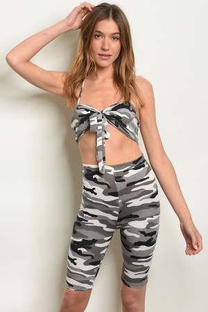 C24-B-1-SET4897 GRAY CAMOUFLAGE TOP & CAPRI SET 2-2-2