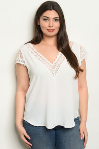 C66-B-3-T0928X OFF WHITE PLUS SIZE TOP 2-2-2