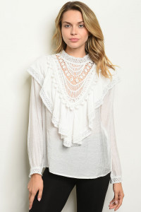 S9-4-2-T88038 OFF WHITE TOP 2-2-2