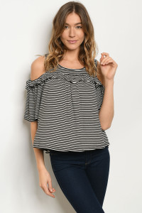 C55-B-5-T1007 BLACK WHITE STRIPES TOP 2-2-2