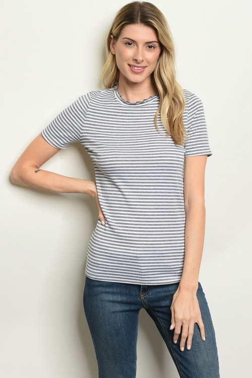 C12-B-3-T1396 GRAY WHITE STRIPES TOP 2-2-2