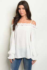 S11-11-5-T30221 OFF WHITE TOP 2-2-2