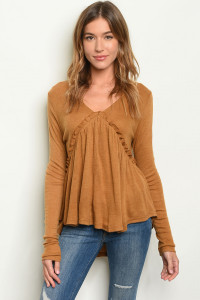 S9-17-1-T123533 CAMEL SWEATER 4-2-2