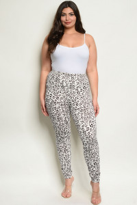 C53-A-6-P0803X WHITE ANIMAL LEOPARD PRINT PLUS SIZE PANTS 2-2-2