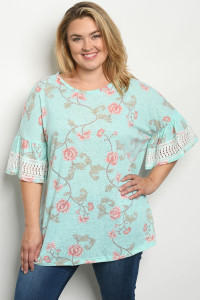 C102-A-2-T15461X AQUA FLORAL PLUS SIZE TOP 2-2-2