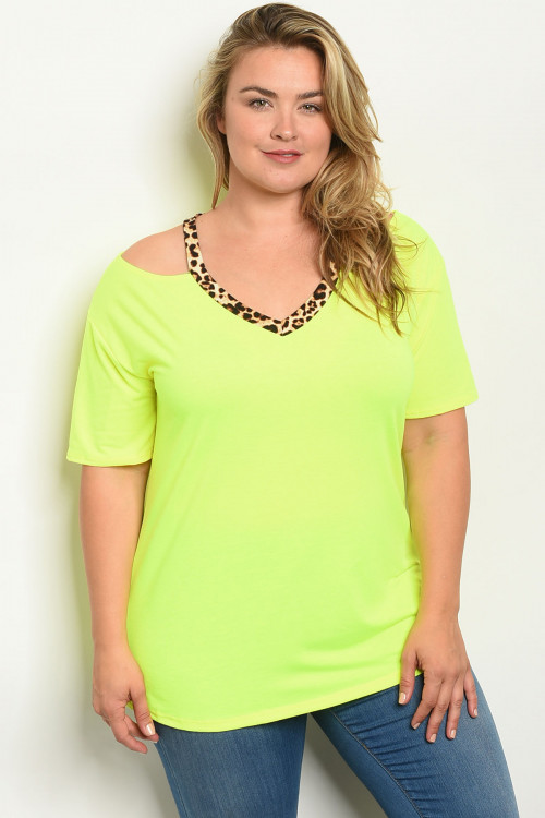 C79-A-6-T2206X NEON YELLOW LEOPARD PRINT PLUS SIZE TOP 2-2-2