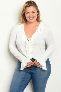 S21-9-1-T7566X OFF WHITE PLUS SIZE TOP 2-3-2