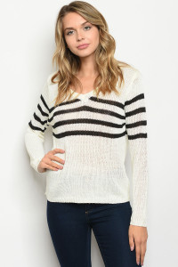 S20-1-2-S2371 IVORY BLACK SWEATER 3-3