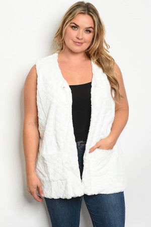 S10-14-3-V2309X WHITE PLUS SIZE VEST 2-2-2