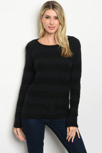 S22-7-1-S2326 BLACK SWEATER / 2PCS