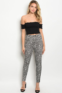 S20-8-1-P82210 WHITE BLACK ANIMAL PRINT PANTS 3-2-1